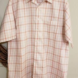 Short sleeve casual dress shirt